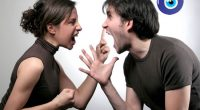 Eşinden Ayrılmak İsteyen Erkek Nasıl Davranır?